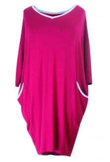 Sukienka z lamówką LILIAN – nasycona malinowa