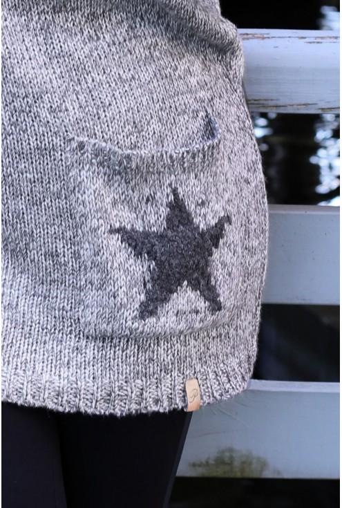 SZARY, długi sweter  z kieszonką GWIAZDA