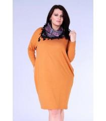 Camelowa sukienka oversize z długim rękawem - YVETTE