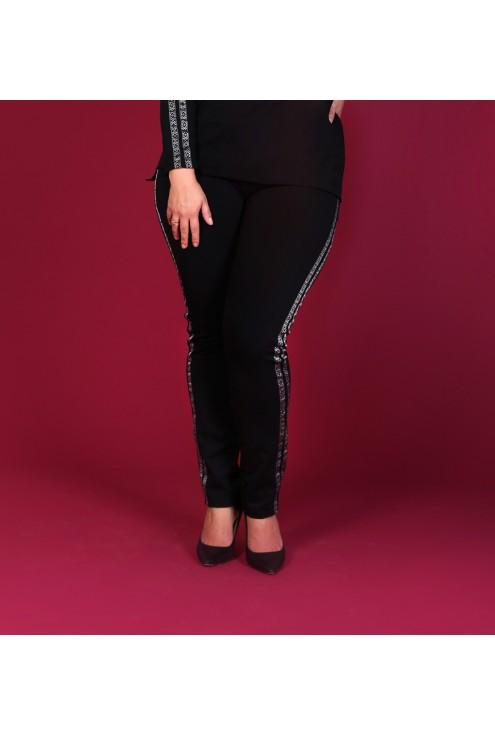 Czarne spodnie dresowe z lampasem WZÓR - MOLY
