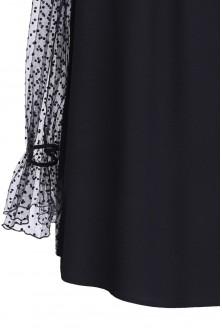 Czarna bluzka w koronką w KROPKI TINA